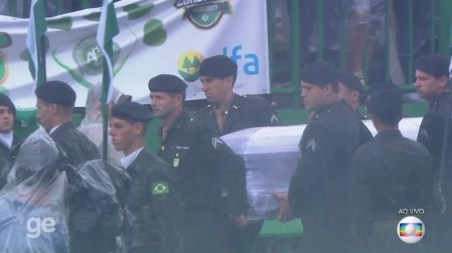 #Chapecoense'li futbolculara cenaze töreni düzenleniyor.