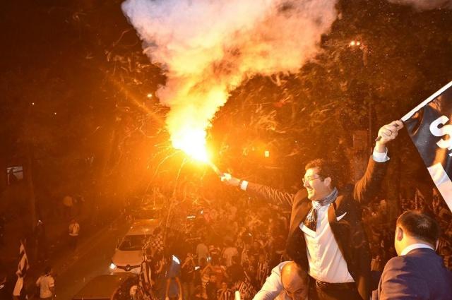 Beşiktaşlılar Şampiyonluğu Kutluyor