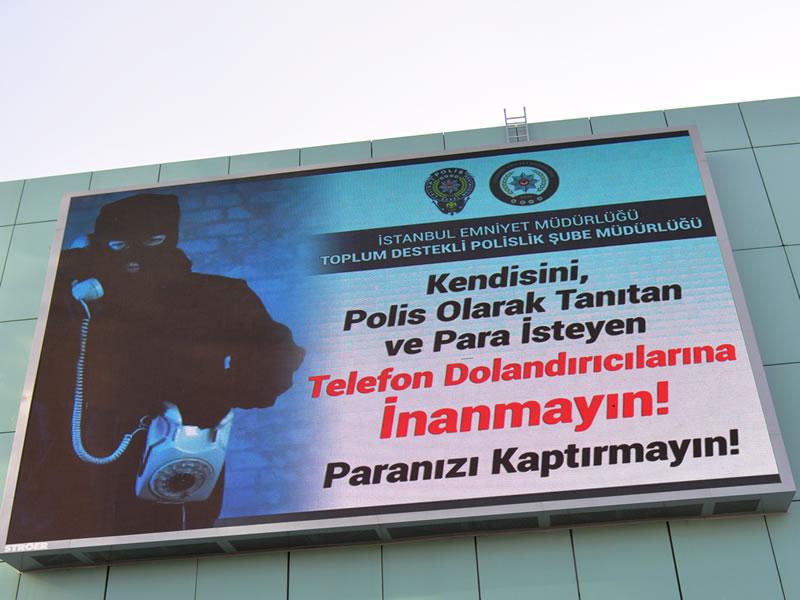 Polislerden Telefon Dolandırıcılarına Karşı Uyarı