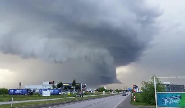Edirne'de İlginç Bulut Görüntüsü