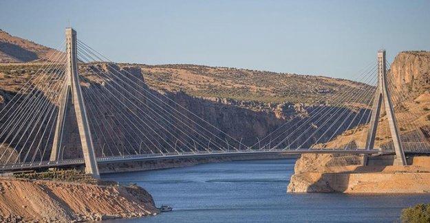 Güneydoğu'nun Gerdanlığı: Nissibi Köprüsü Açıldı