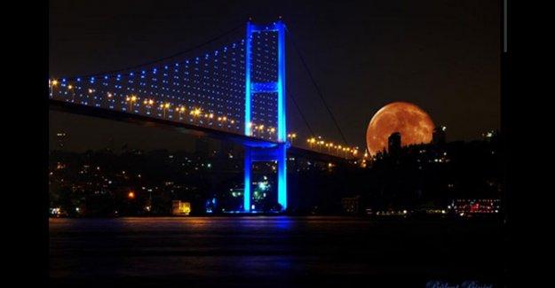 Bu Geceyi Kaçırmayın '' Süper Ay '' Senede 1 Gün Gerçekleşiyor !