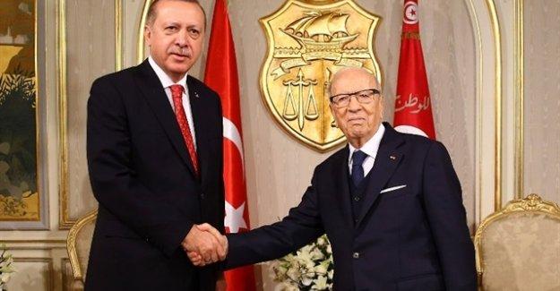 Cumhurbaşkanı Erdoğan Afrika Gezisinin 3. Durağı Tunus'ta