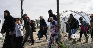Makedonya, Mültecilere Sınırı Kapadı