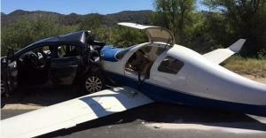 Uçak, Arabanın Üzerine Düştü:1 Ölü