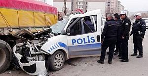 Dur İhtarına Uymadı Polise Çarptı: 1 Şehit